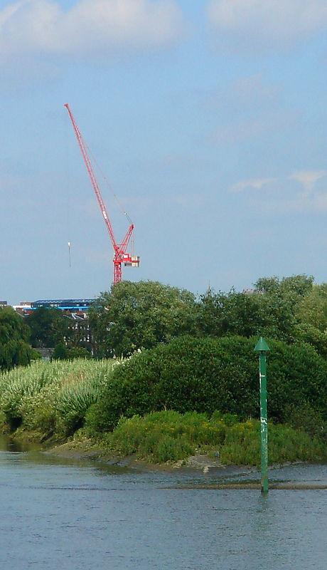 Crane over Chiswick Eyot