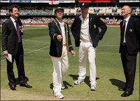 Ashes toss, Brisbane 2006