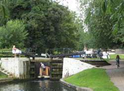 Lock_at_hanwell_2