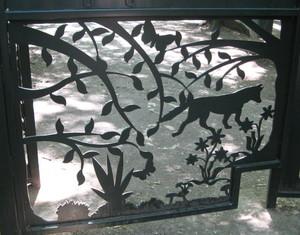 Gate_highgate_woods