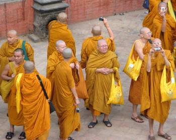 Pilgrims_or_tourists_kathmandu